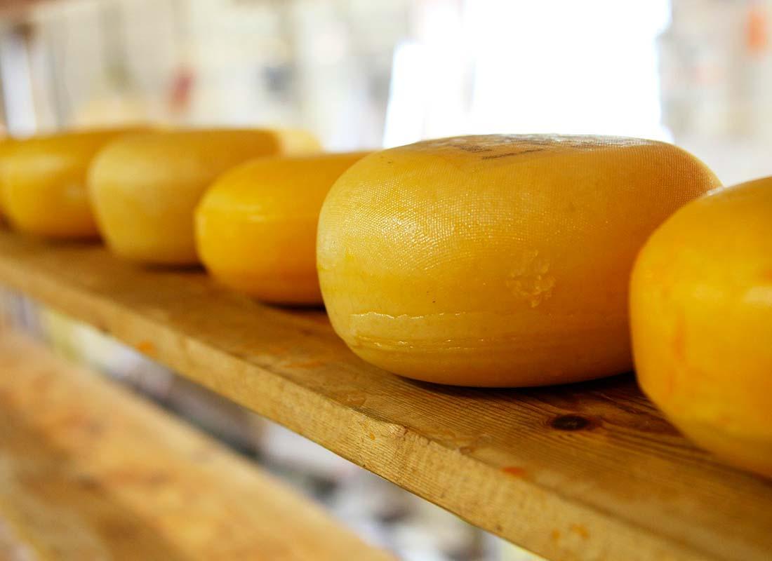 Conservación de quesos en cámara refrigerada