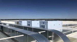 Condensadorass Zanotti instaladas en la azotea de una empresa aeronáutica