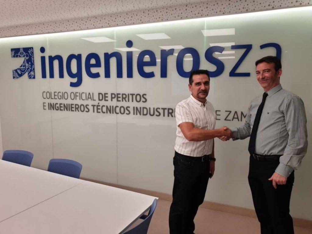 El secretario técnico Eliseo Antón de COGITI ZAMORA junto con David Ramoy. del departamento técnico de Zanotti Appliance