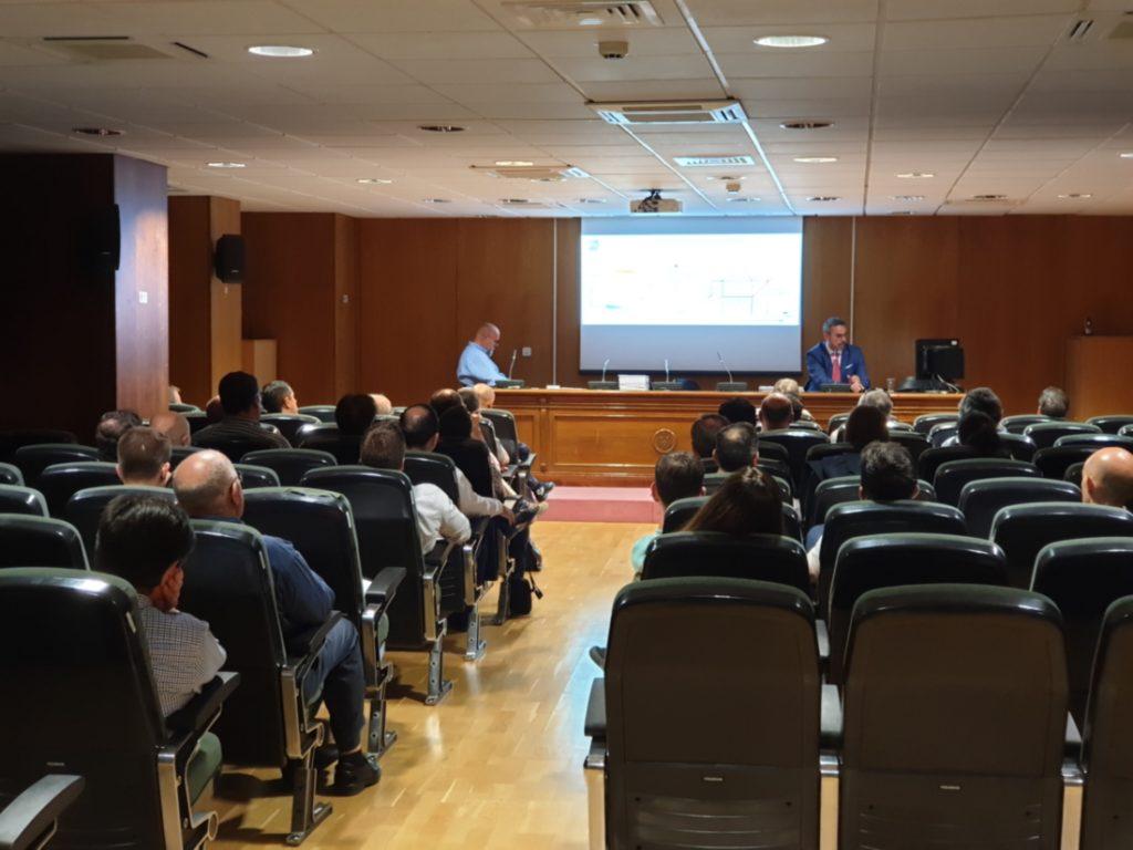 Plano general del Salón de Actos del COGITI Madrid durante la conferencia de FríoIndustrial organizada por Zanotti Appliance