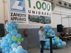 Jose Hernández, delegado comercial de Transporte y responsable de la cuenta de Mercadona durante el transcurso del evento de la fiesta de Zanotti