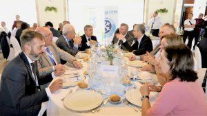 Mesa presidencial de la comida inaugural del V Congreso Nacional del Transporte Frigorífico, patrocinado por Zanotti