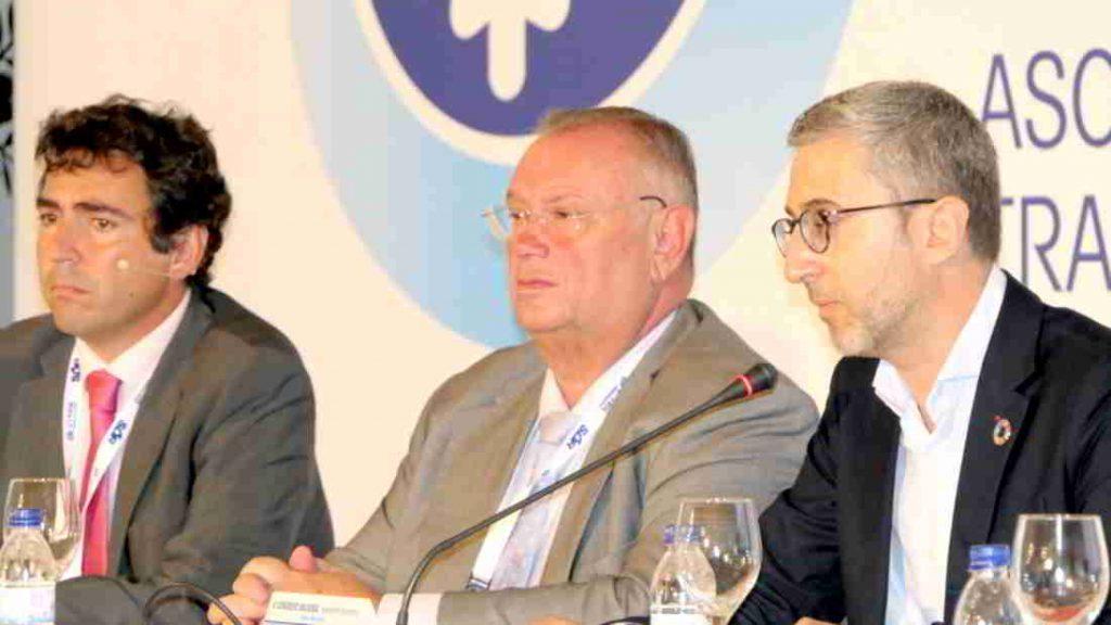 El conseller de Obras Públicas , Arcadi España en el Congreso Nacional del Trasnporte Frigorífico
