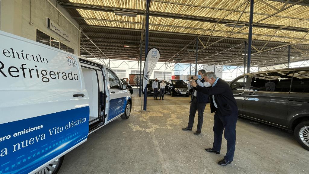 roadshow en comercial Mercedes Benz en Pinto con eVito isotermo refrigerado Zanotti